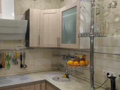 Кухня с фасадами эко-шпон рамочный
