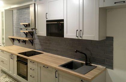 Кухня Рэинбоу с фасадами из рамочного МДФ в стиле Кантри