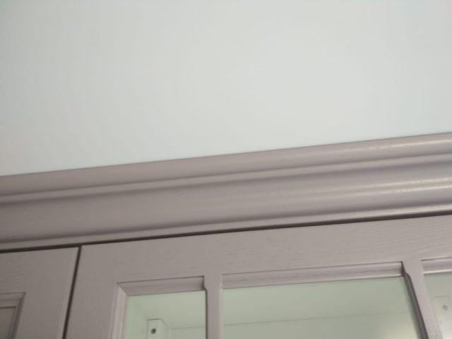 Кухня Астра из массива дерева со вставкой из шпонированного МДФ